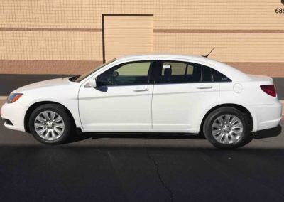 2013Chrysler200LX